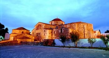 Η Εκκλησία της Εκατονταπυλιανής, σύμβολο της Πάρου