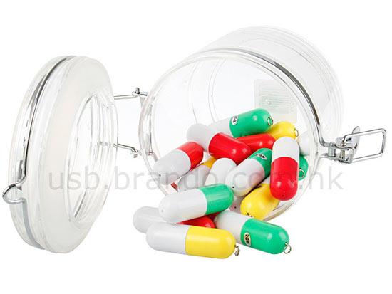 Realistic usb flash drives pills