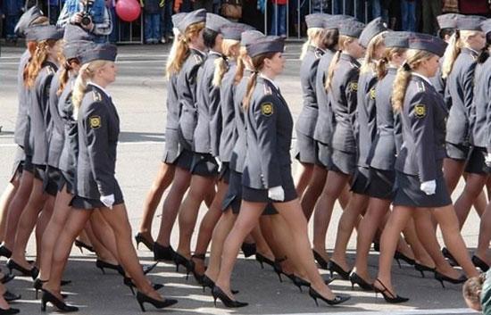 Παρέλαση ξανθιών