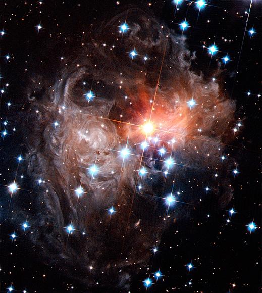 Το Hubble παρουσιάζει εκπληκτικές φωτογραφίες του διαστήματος