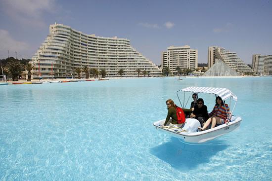 Η μεγαλύτερη πισίνα του κόσμου