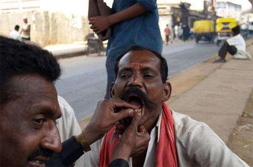 Οδοντίατροι του δρόμου