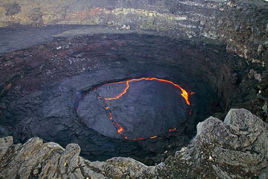 Λίμνη λάβας στο ηφαίστειο Erta Ale της Αιθιοπίας