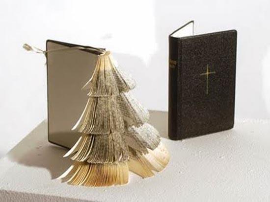 Παράξενα Χριστουγεννιάτικα δέντρα