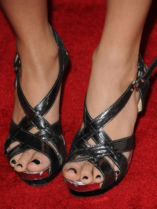 Παπούτσια διάσημων γυναικών! (8)