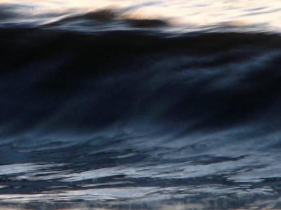 μαγευτικά κύματα (4)