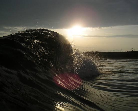 μαγευτικά κύματα (2)