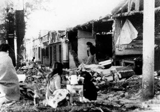 ιστορική αναδρομή σεισμών (12)