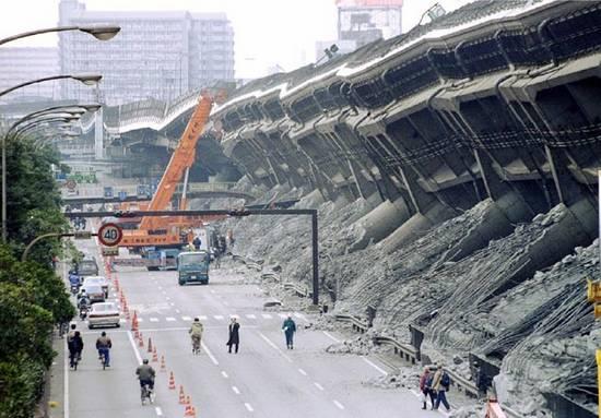 ιστορική αναδρομή σεισμών (8)