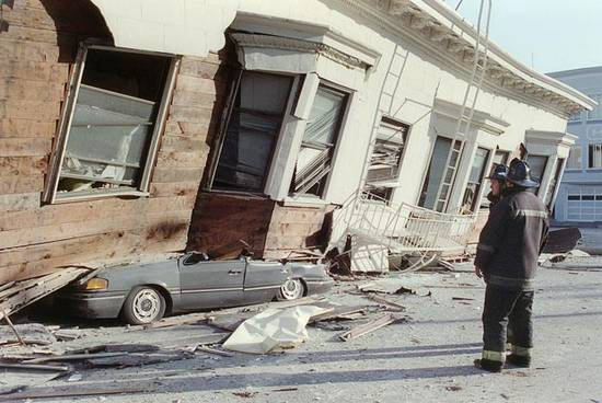 ιστορική αναδρομή σεισμών (3)