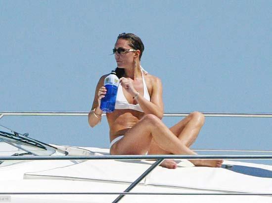 Kate Middleton με bikini (3)