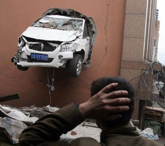 Φωτογραφία της ημέρας: Απίστευτο τροχαίο ατύχημα! (1)