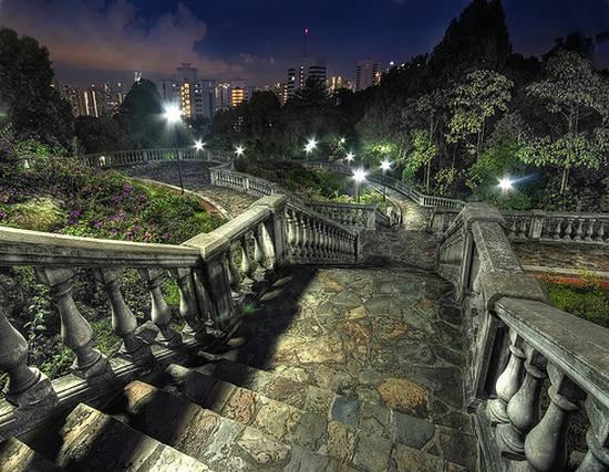 πολεις τη νυχτα (3)