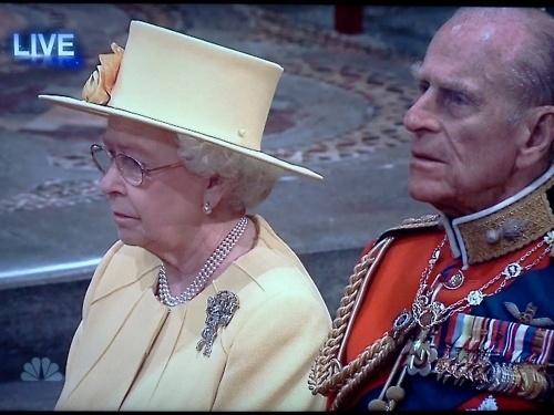 Τα πιο παράξενα καπέλα στον βασιλικό γάμο (5)