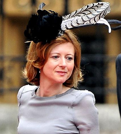 Τα πιο παράξενα καπέλα στον βασιλικό γάμο (10)