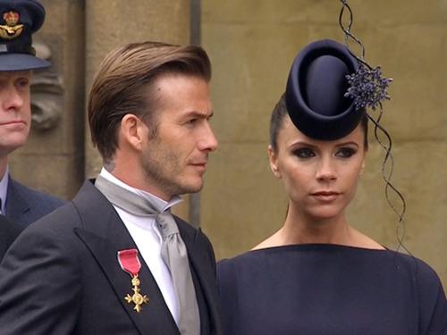 Τα πιο παράξενα καπέλα στον βασιλικό γάμο (14)