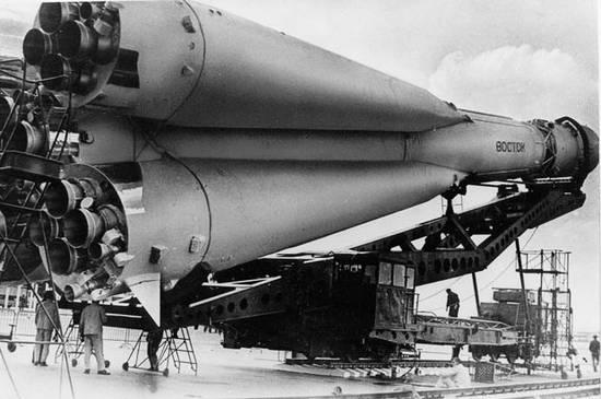 Gagarin 50 χρόνια (6)