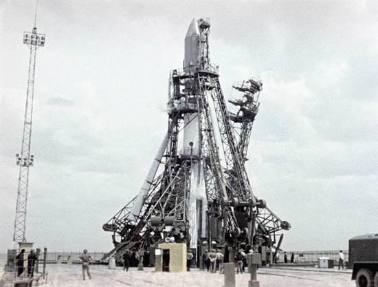 Gagarin 50 χρόνια (5)