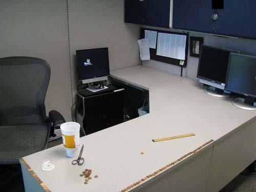Κάποιος έχει πολύ ελεύθερο χρόνο στο γραφείο... (Photos) (3)