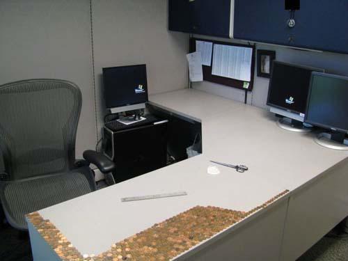 Κάποιος έχει πολύ ελεύθερο χρόνο στο γραφείο... (Photos) (4)
