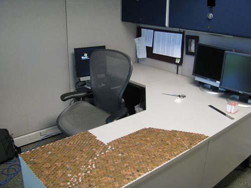 Κάποιος έχει πολύ ελεύθερο χρόνο στο γραφείο... (Photos) (5)