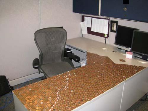 Κάποιος έχει πολύ ελεύθερο χρόνο στο γραφείο... (Photos) (7)