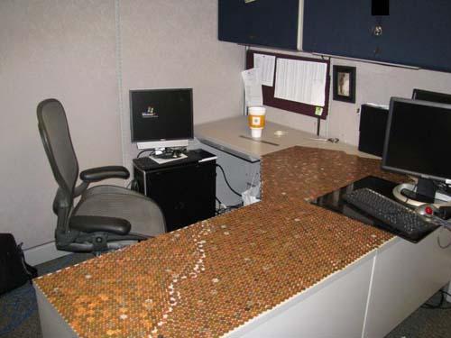 Κάποιος έχει πολύ ελεύθερο χρόνο στο γραφείο... (Photos) (9)