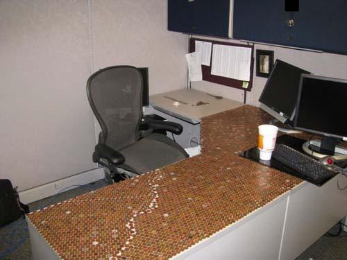Κάποιος έχει πολύ ελεύθερο χρόνο στο γραφείο... (Photos) (11)