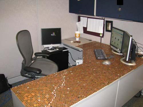 Κάποιος έχει πολύ ελεύθερο χρόνο στο γραφείο... (Photos) (12)