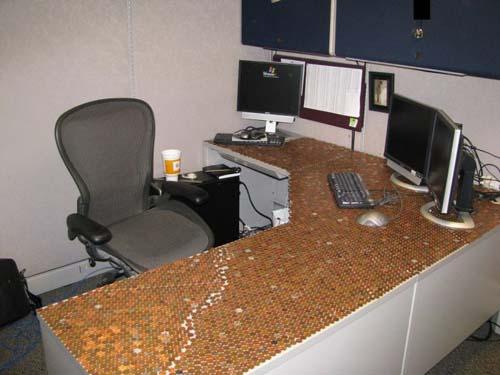 Κάποιος έχει πολύ ελεύθερο χρόνο στο γραφείο... (Photos) (13)
