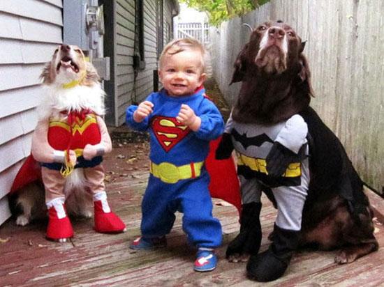 Φωτογραφία της ημέρας: I need a hero...