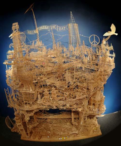 Έργο τέχνης από 100.000 οδοντογλυφίδες σε 35 χρόνια (20)