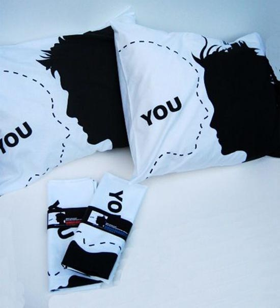 Μια συλλογή με τα πιο απίθανα μαξιλάρια! (5)