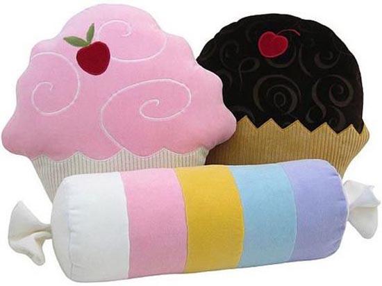 Μια συλλογή με τα πιο απίθανα μαξιλάρια! (4)