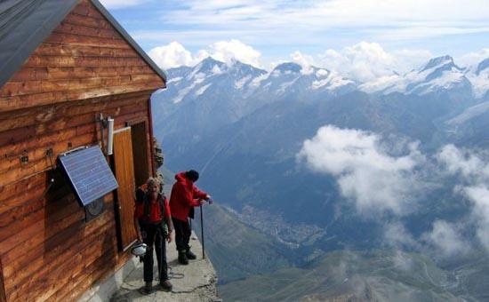 Εκπληκτική καλύβα στο βουνό (1)