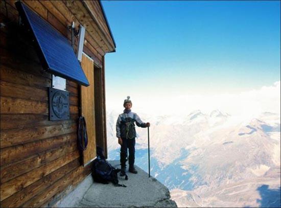 Εκπληκτική καλύβα στο βουνό (5)