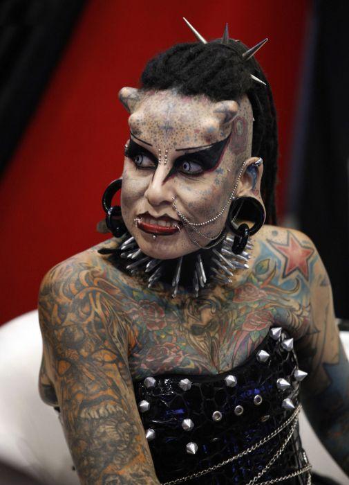 Τα πιο εξωφρενικά τατουάζ (24)