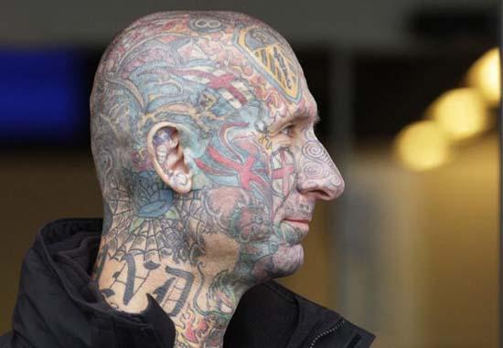 Τα πιο εξωφρενικά τατουάζ (23)