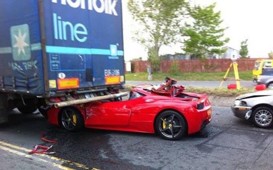 Πως να καταστρέψετε μια Ferrari (1)