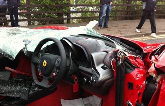 Πως να καταστρέψετε μια Ferrari (7)