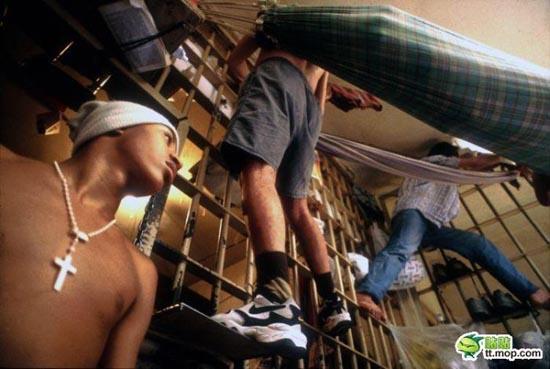 Φυλακή - Εφιάλτης στη Βραζιλία (2)
