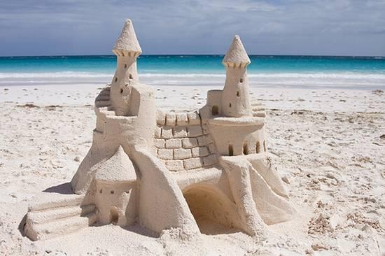 Παλάτια στην άμμο (1)