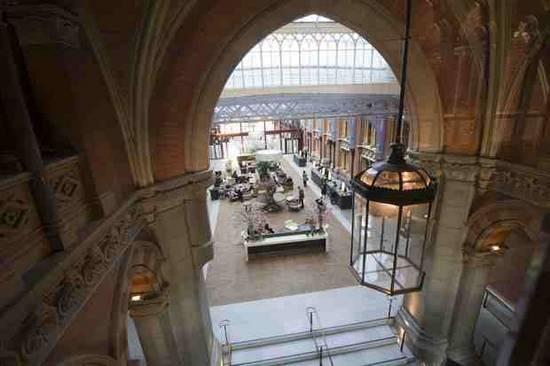 Ξενοδοχείο επαναλειτουργεί 76 χρόνια μετά (1)