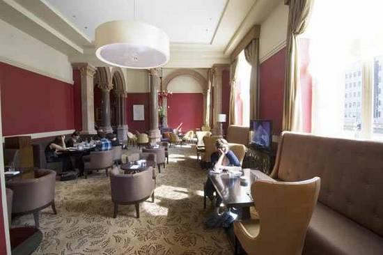 Ξενοδοχείο επαναλειτουργεί 76 χρόνια μετά (4)