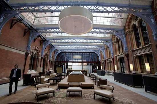Ξενοδοχείο επαναλειτουργεί 76 χρόνια μετά (9)