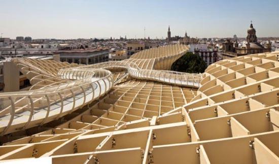 Η μεγαλύτερη ξύλινη κατασκευή του κόσμου (4)