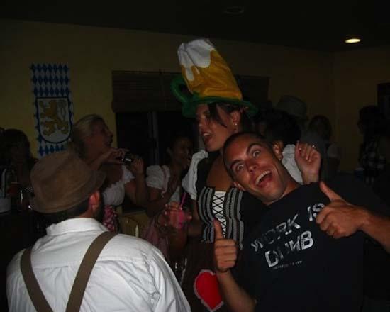 Μεθυσμένοι σε αστείες φωτογραφίες (10)