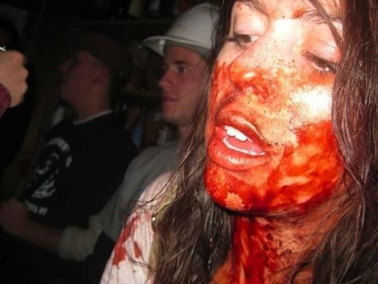 Μεθυσμένοι σε αστείες φωτογραφίες (9)
