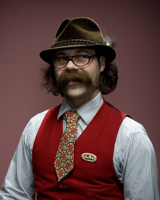 Τα πιο παράξενα μουστάκια και μούσια του κόσμου (5)