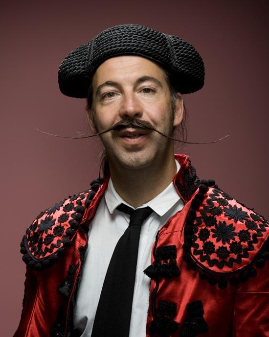 Τα πιο παράξενα μουστάκια και μούσια του κόσμου (2)
